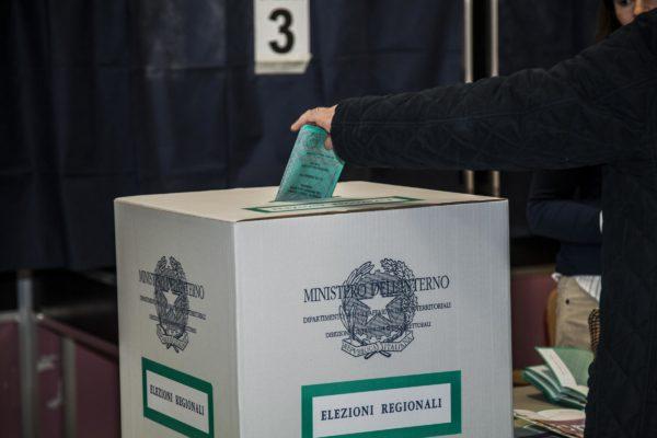 Tagliando antifrode: novità per gli elettori
