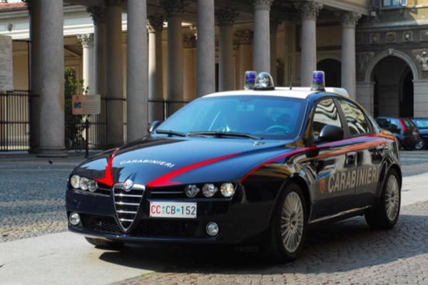 I Carabinieri arrestano giovane turco a Cameri
