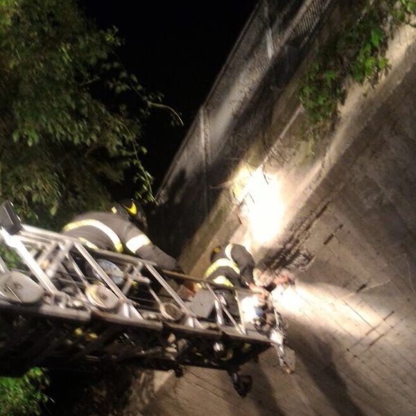 Oleggio, calcinacci caduti dal Ponte della SS 32, nessun problema di staticità