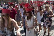 Graduation day: migliaia di laureati invadono Novara