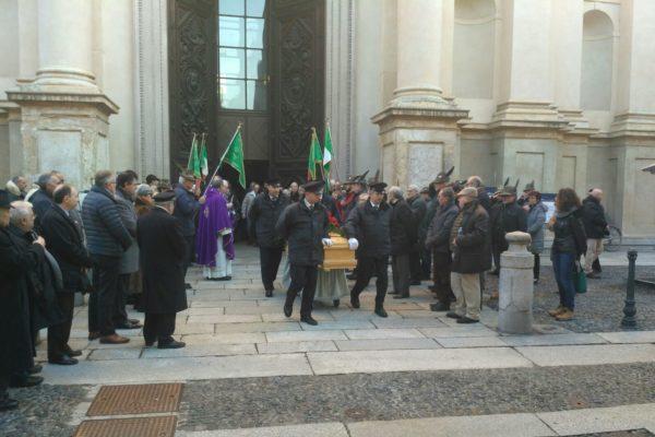 Il ricordo commosso di Novara per l'ultimo saluto a Nerviani