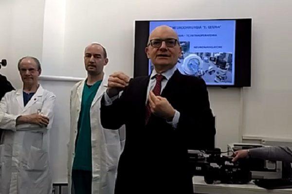 Chirurgo novarese farà scuola ai colleghi cinesi
