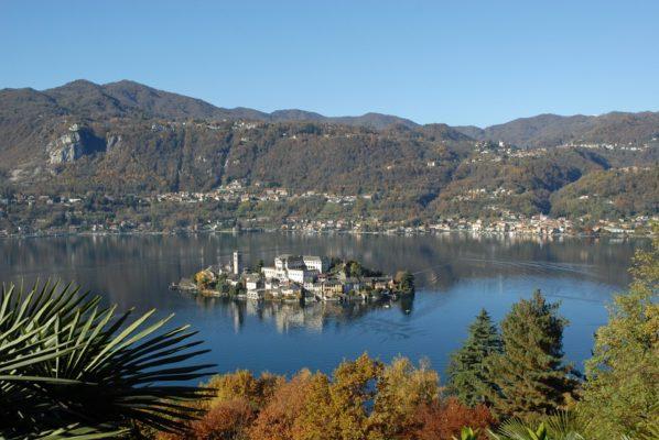 """Un voto che vale. Lago d'Orta """"Luogo del Cuore"""""""