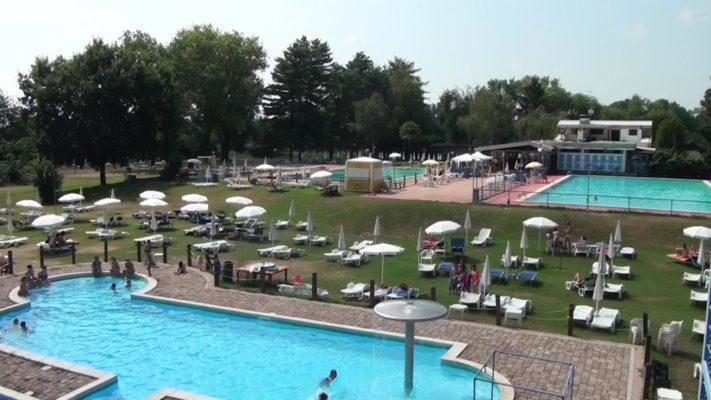vacanze città piscina casa sul fiume novara vercelli Piemonte