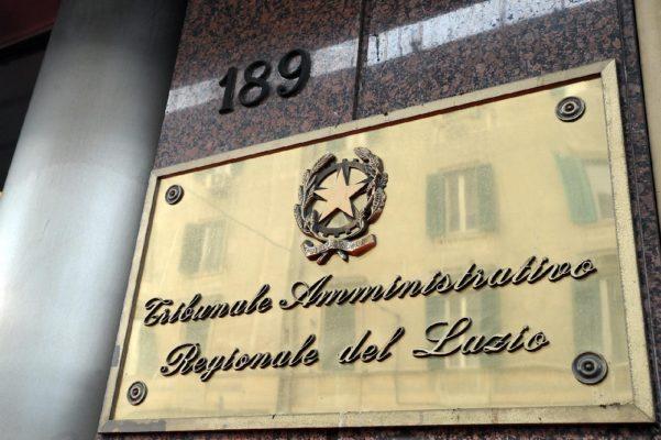 """""""Assalto alla bandiera"""" davanti alla Barriera Albertina. Il video"""