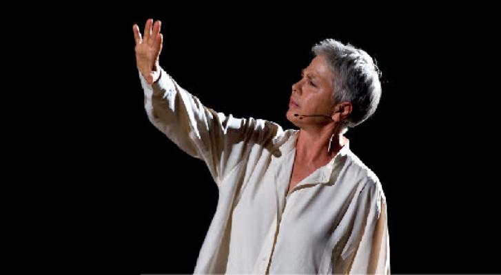 Ottavia Piccolo mette in scena il pensiero di Anna  Politkovskaja