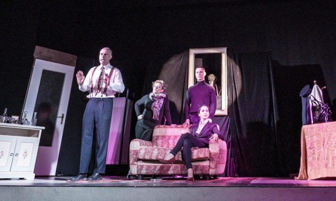 «Le verità di Freud» raddoppiano al teatro di Pernate