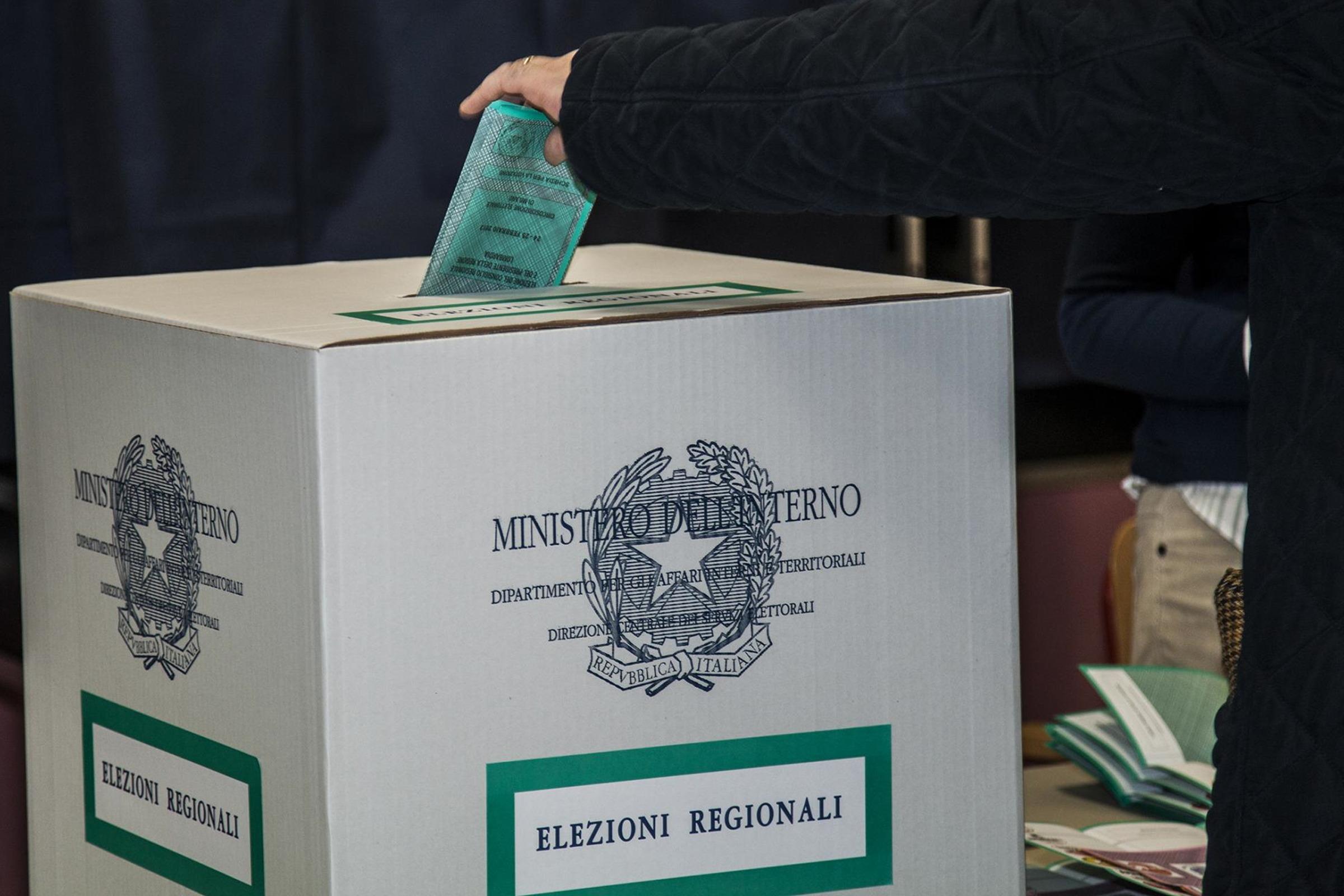Tenace contro tutti: «Io sto con Sozzani» Critiche a Policaro e Pichetto