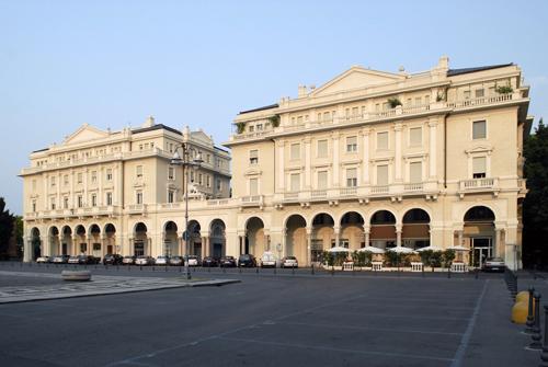 Teatro di Oleggio: prosa, cabaret, musical, beneficenza e… stages di danza