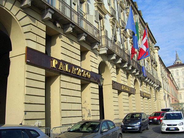 Schiaffo di Novara a Chiamparino: no all'Agenzia regionale per la mobilità. Ballarè perde la maggioranza e ritira la delibera