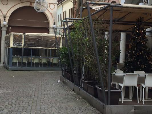 tarig sospesa Comune Novara bar ristoranti