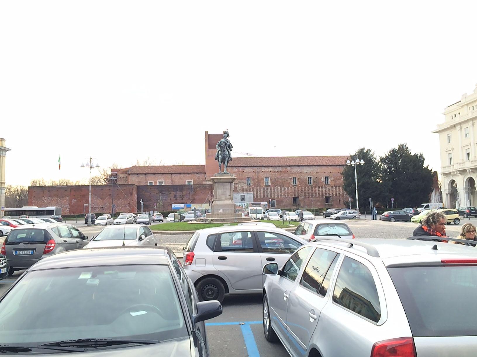 Sozzani: «Dopo gli aumenti di Irpef e Bollo Auto, con Musa altra stangata per i Novaresi»