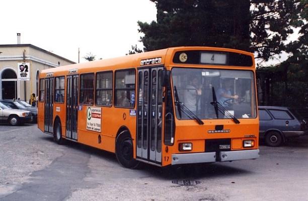 Assistenza e sorveglianza sui bus. Il comune assume 16 disoccupati