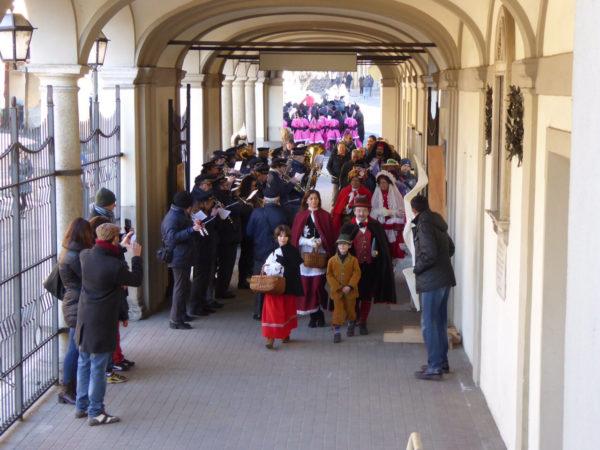 Carnevale oleggese: la 66esima edizione torna alle tre domeniche di sfilata