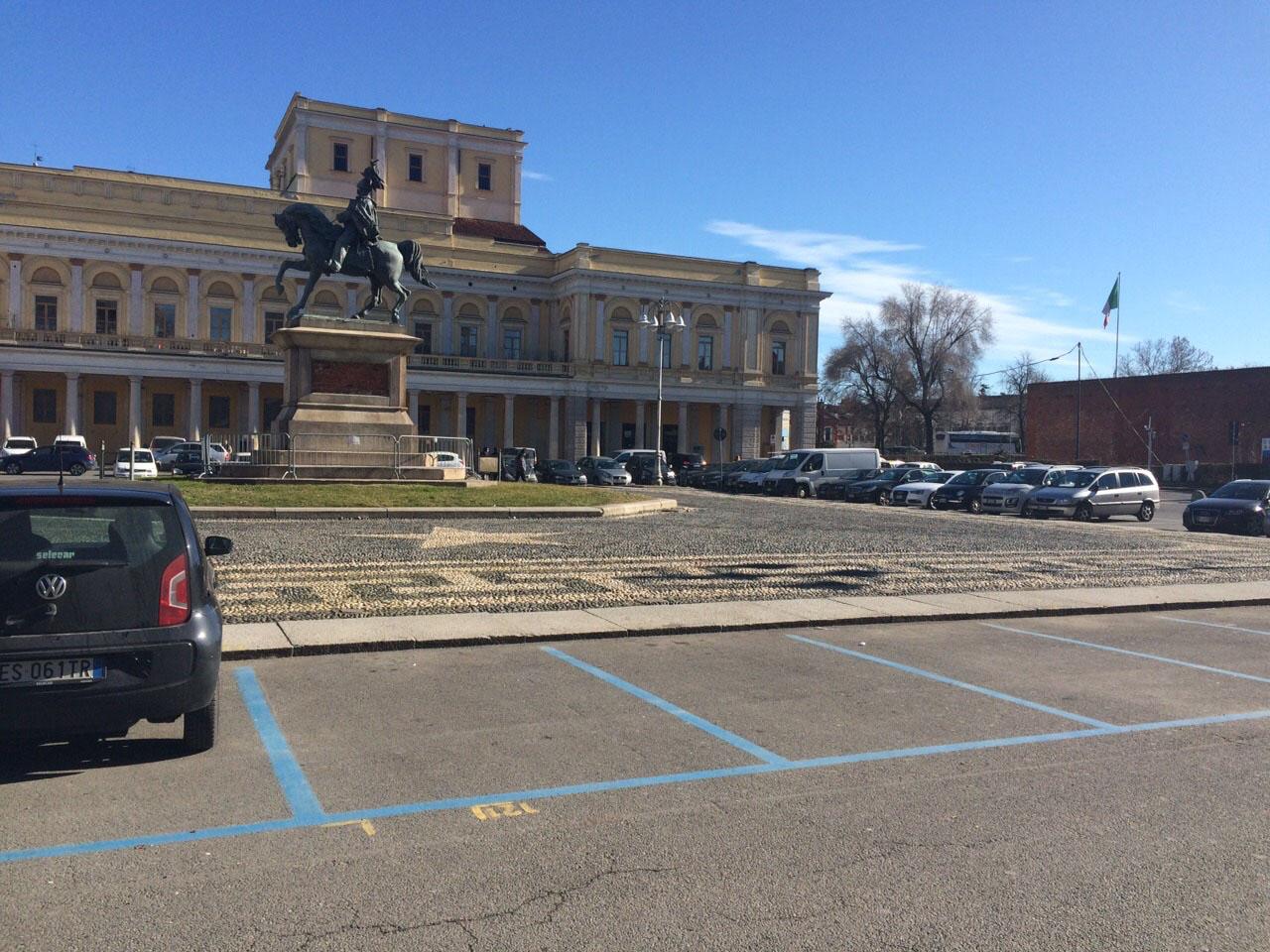 parcheggio piazza martiri