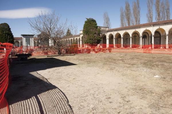 area cimitero