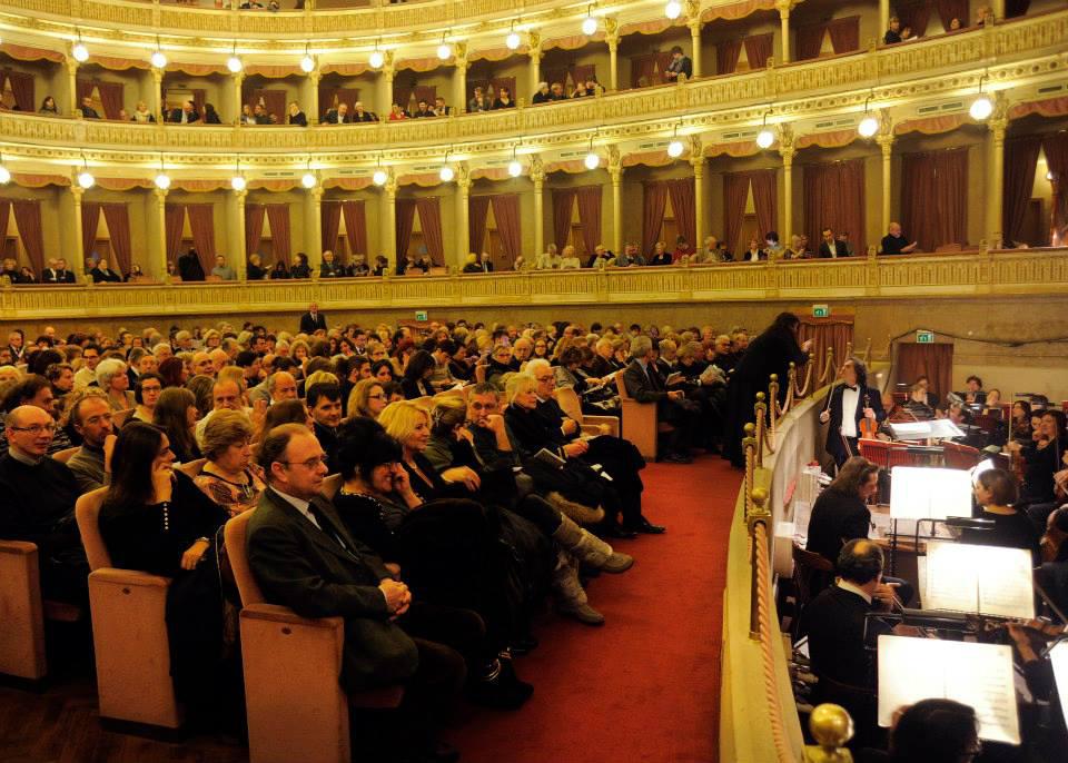 Tutti i numeri della Fondazione e del Teatro Coccia: bilanci e risultati a confronto