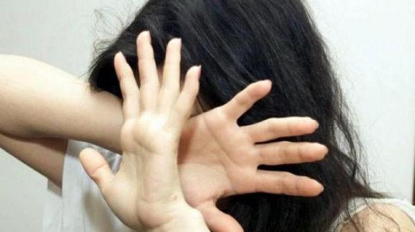 Trentenne accusa l'ex compagno: «Con lui anni di botte e insulti»