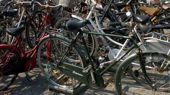 Trovato deposito di bici rubate. Denunciato un egiziano