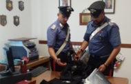 In 20 minuti rubano capi di abbigliamento per 1200 euro: arrestati dai Carabinieri
