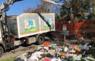Mezza tonnellata di rifiuti abbandonati in via del Gazurlo: intervento di Assa