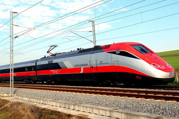 Rimborsi per i pendolari: Trenitalia ammette l'errore dell'algoritmo
