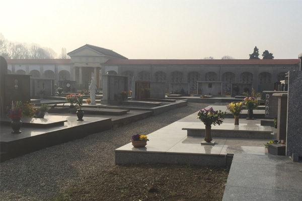 Il Tar boccia le procedure di affidamento lavori al cimitero di Oleggio