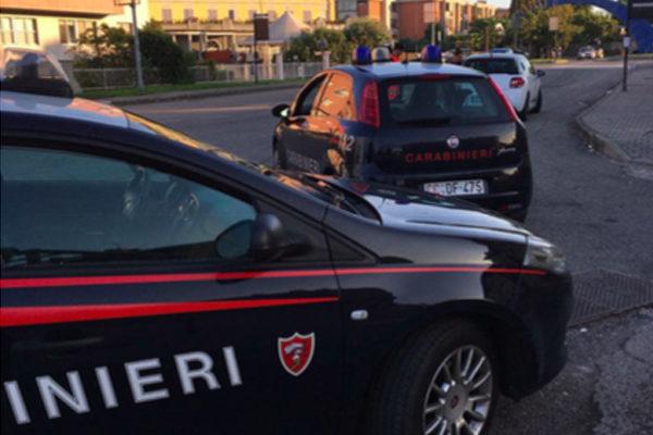 Tentano di rubare al Penny di Trecate, arrestati dai carabinieri