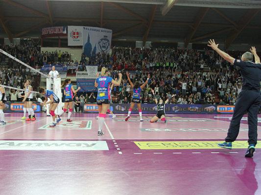 La semifinale sarà Novara-Busto Arsizio, si parte il giorno di Pasquetta al Pala Igor, poi però attenzione all'inversione dei campi