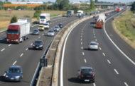 Imbottiti di tranquillanti cercano di uccidersi in autostrada