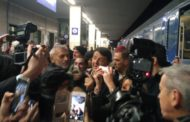 Renzi a Novara: 300 persone ad attenderlo
