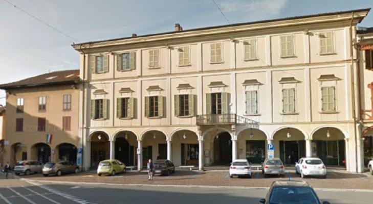 Donne in Mostra Broletto Novara giornata internazionale della donna 8 marzo cultura ricordi di donna Palazzo Bellini Oleggio