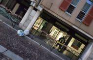 Assalto notturno con esplosivi all'Intesa Sanpaolo di Trecate