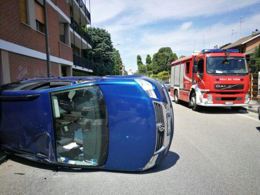 Novara incidente in via Crespi