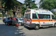 Scontro fra due auto in corso XXIII Marzo: ferita una donna