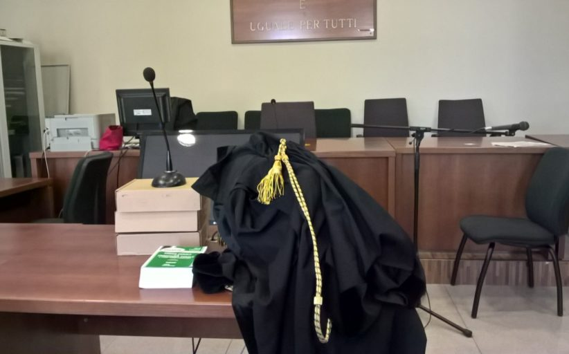 Botte e violenze alla ex: il pm chiede 10 anni di carcere