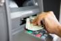 Rubano bancomat a una 76enne, denunciate due novaresi