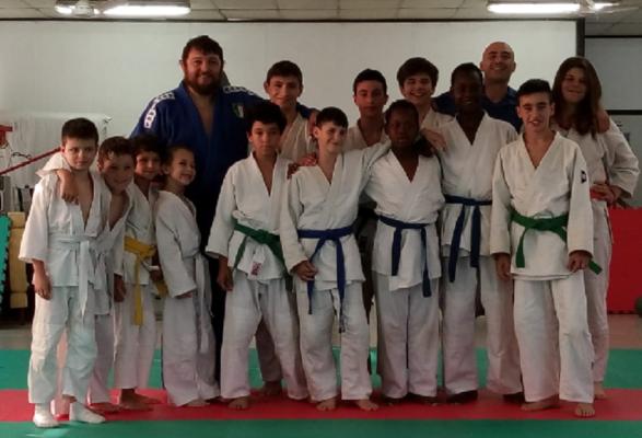 100 medaglie Centro Judo Novara passaggio cintura