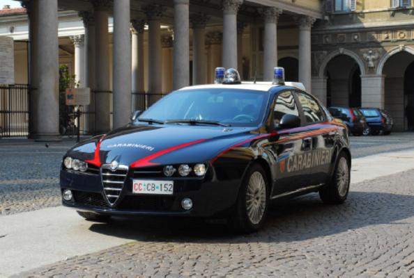 """segnalazione sorpreso """"palo"""" furto Novara carabinieri"""
