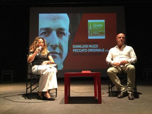 Intrighi vaticani al Castello: Gianluigi Nuzzi cattura i novaresi