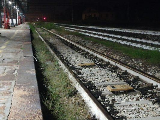 E' un 45enne della zona l'uomo travolto dal treno a San Martino di Trecate