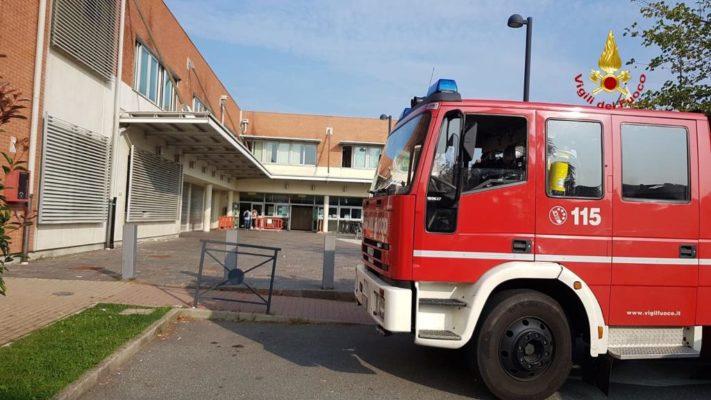 Principio d'incendio, evacuata la Primaria Dante Alighieri