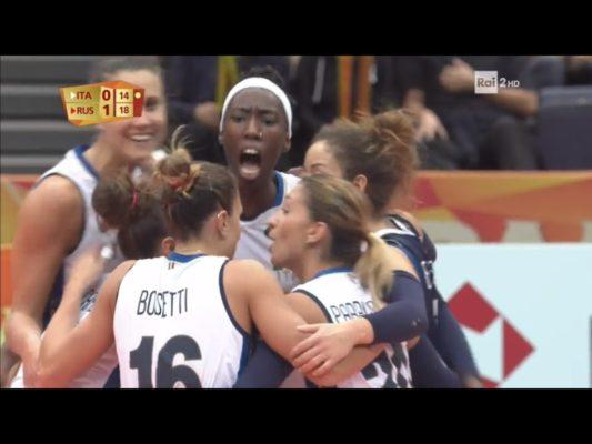 Paola Egonu trascina l'Italia ai quarti con l'8ª meraviglia