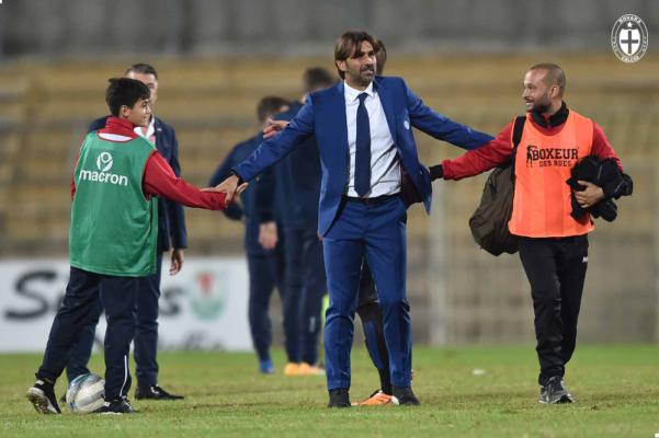 Novara calcio: clamoroso esonero per Beppe Sannino, a Siena torna William Viali