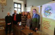 """""""Alziamo la coppa, onoriamo la maglia"""", storie, campioni e trofei in mostra al Castello"""