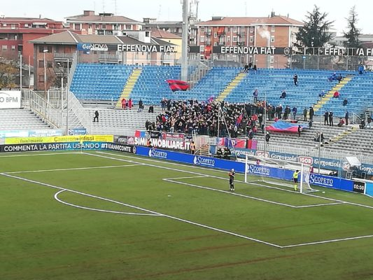 Novara-Gozzano 0-0 derby