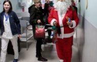 Gli auguri ai bambini dai Babbi Natale di Comune e Provincia