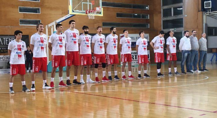 Basket Serie B. Oleggio sbanca Montecatini e vede la salvezza. Sei finali per evitare i play-out