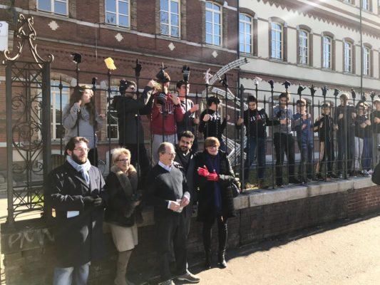 Cyberbullismo flash mob studenti Omar