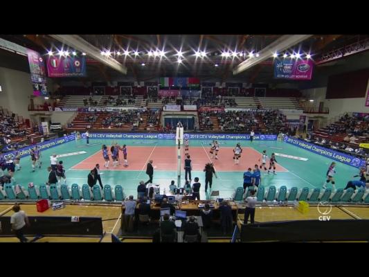 Il covid ferma il derby Novara-Cuneo previsto questa sera al Pala Igor, per una positività nel Granda Volley